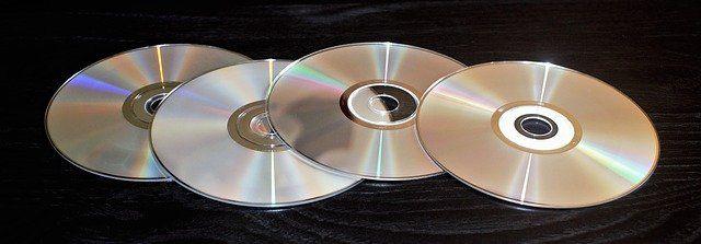 Rozdíl mezi dvouvrstvým a oboustranným DVD